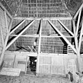 Interieur stal, kapconstructie - Enkhuizen - 20339151 - RCE.jpg