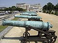 Invalides cannons.jpg