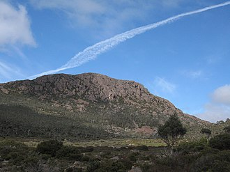 Ironstone Mountain - Image: Ironstone jet trail