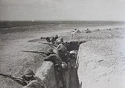 Soldati ottomani nelle trincee.