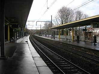Issy station - Platforms