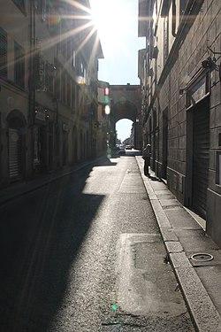 Italy - Tuscany (14570336843).jpg