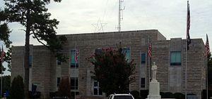 Izard County, Arkansas - Image: Izard County Courthouse 2