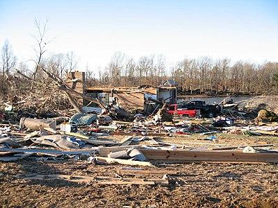 alabama tornado pictures. Alabama tornado damage.