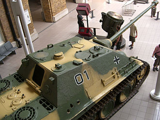 Jagdpanther - Jagdpanther at Imperial War Museum (London), from above. Note the three shell holes in the side.
