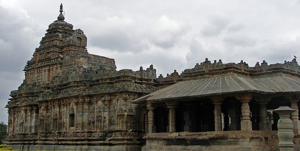 Jain temple at Lakkundi in Gadag District