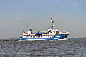 Jan Cux II (ship, 1978) 2012-by-RaBoe 14.jpg