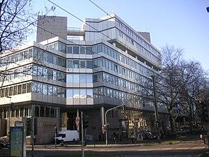 Japanese community of Düsseldorf - Japan Center Düsseldorf, including Hotel Nikko Düsseldorf to the right