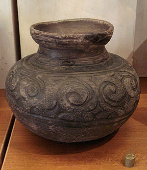 Jōmon period - A jar with spirals. Final Jomon, Kamegaoka style
