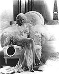 Jean-Harlow-1935-MGM.jpg