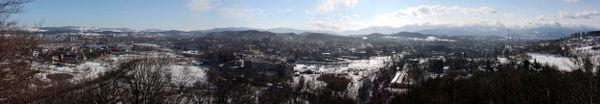 Panorama miasta Jeleniej G�ry widok z wie�y widokowej na Wzg�rzu Boles�awa Krzywoustego