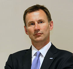 Jeremy Hunt visiting the Kaiser Permanente Center for Total Health, 700 Second St, Washington, USA-3June2013.jpg