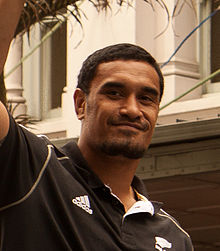 Jerome Kaino 2011 (cropped).jpg