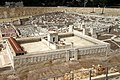 Jerusalem zur Zeitenwende-12-Modell-Tempel-2010-gje.jpg
