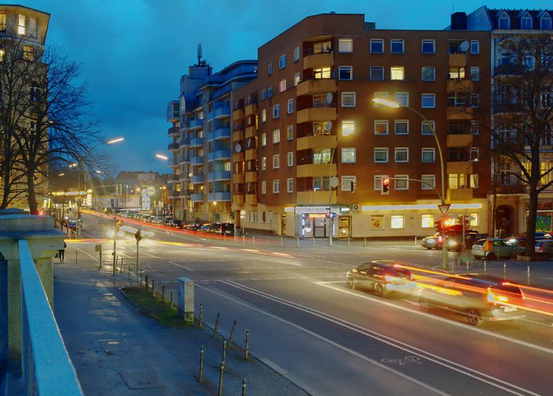 Berlin-Kreuzberg, Katzbach corner of Kreuzbergstr, Feb 28 2017 after dark