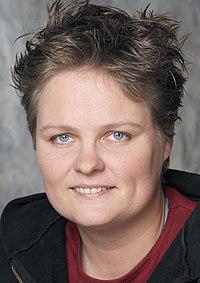 Krista van Velzen, 2006 (cropped).jpg