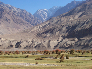 Kuran wa Munjan valley, looking to the south.png
