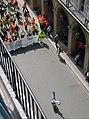 L'acrobate de la CGT, Rue des Pyramides 01.jpg