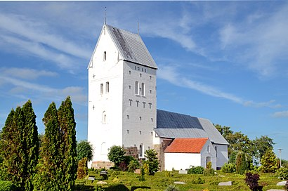 How to get to Lønborg Kirke with public transit - About the place