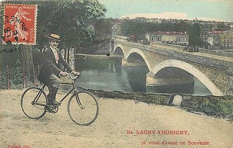 L2022 - Lagny-sur-Marne - Pont de Pierre.jpg