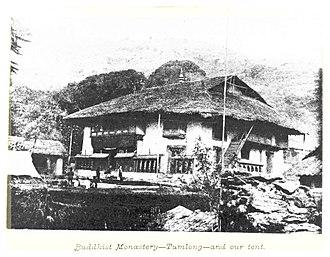 Tumlong - Image: LOUIS(1894) p 124 TUMLONG BUDDHIST MONASTERY