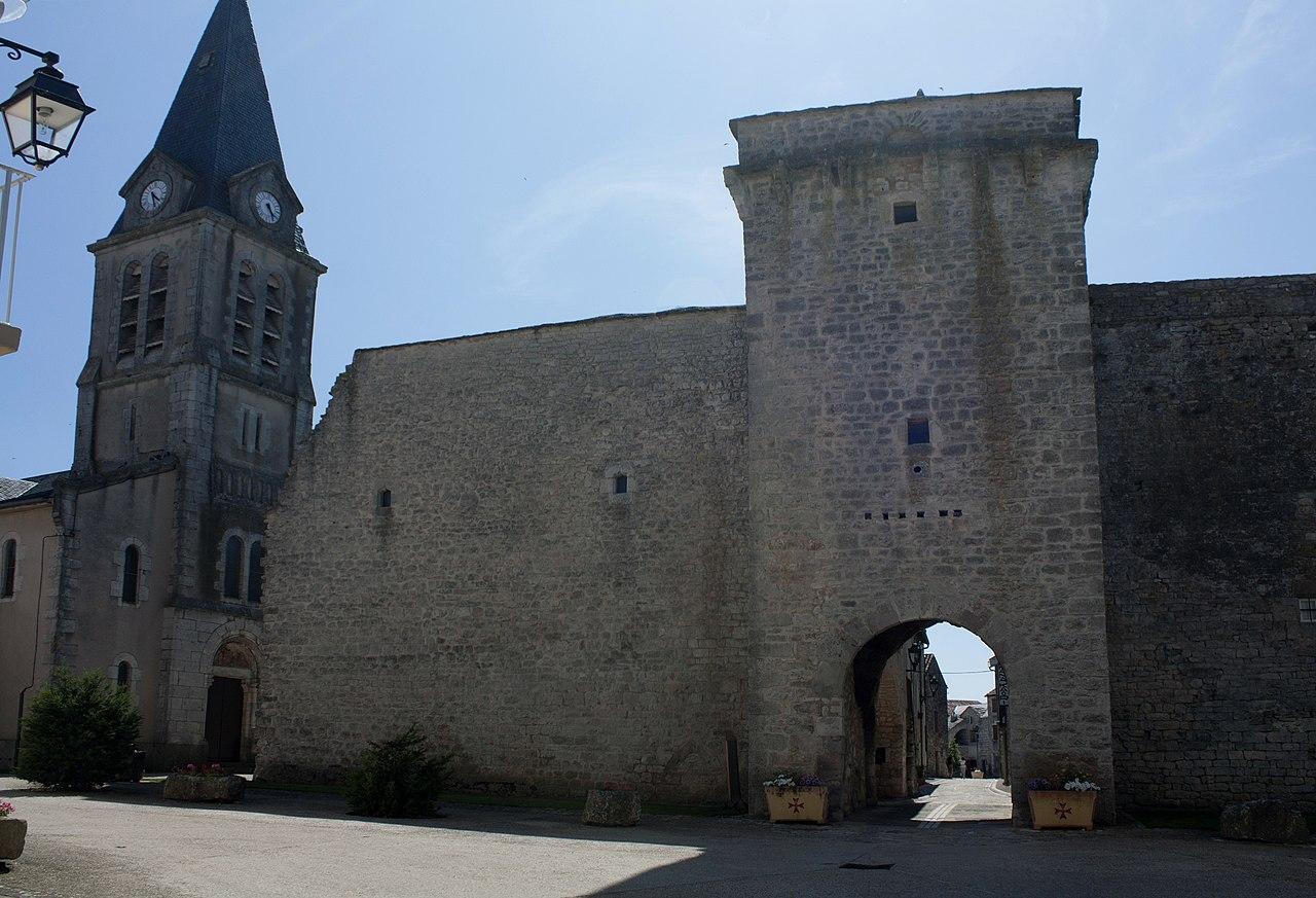La Cavalerie-Porte Est-30120623.jpg