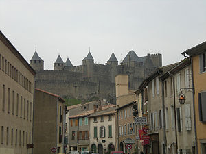 La Cité from La Bastide