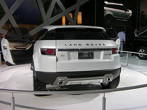 Land Rover LRX - Flickr - The Car Spy (9).jpg