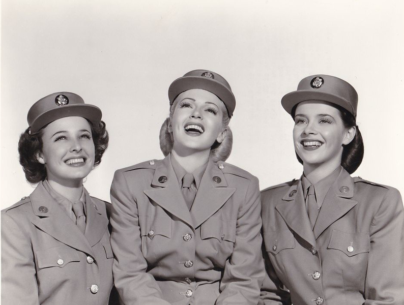 File:Laraine Day, Lana Turner, and Susan Peters 1945.png