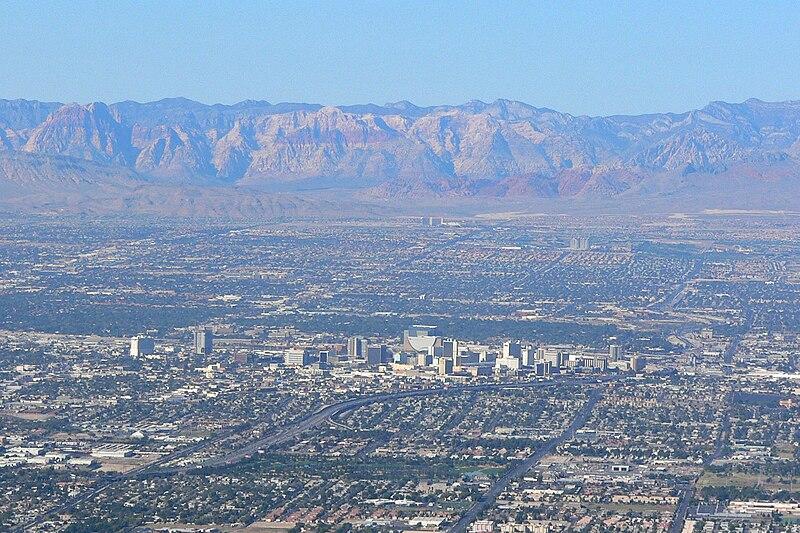 File:Las Vegas from Frenchman 3.jpg