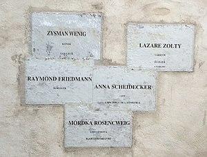 Christian Boltanski - The inhabitants of the Hôtel de Saint-Aignan in 1939 (1998) - Musée d'Art et d'Histoire du Judaïsme