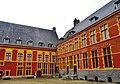 Lille Hospice Comtesse Innenhof 4.jpg