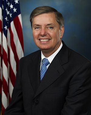 English: Official portrait of Senator LIndsey ...