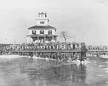 Liston Front Range Light, ca 1913, (New Castle County, Delaware).jpg