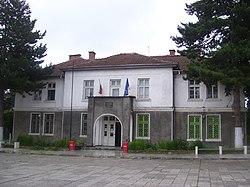 Litakovo-Municipality-Hall.jpg