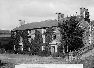 Llanbryn-mair Hotel