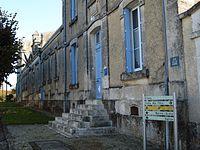 Loiré-sur-Nie Mairie 02.JPG
