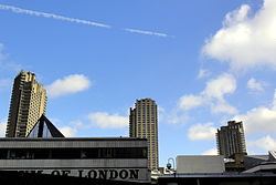 London Barbican Estate 13.04.2013 10-49-05.JPG