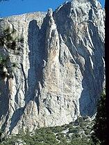 Lost Arrow Face, Yosemite Falls, Yosemite California.jpg