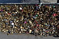 Love padlocks on the Pont de l'Archevêché, 13 April 2015.jpg