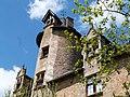 Lucarnes et tour d'escalier du château du Peuch.jpg