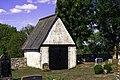 Lychgate na igrexa de Lau.jpg
