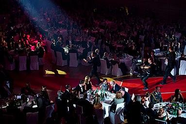 Måns Zelmerlöw Gala Nacht des Sports Österreich 2015 05.jpg