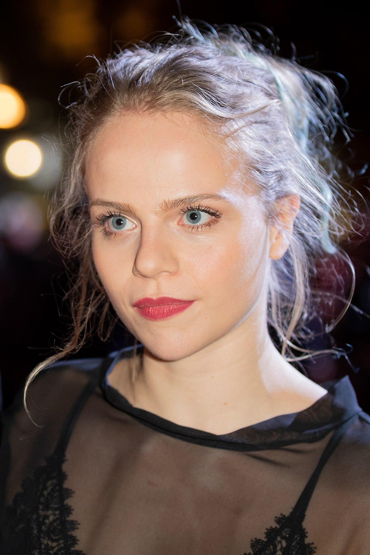 Lili Epply