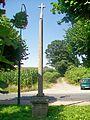 Maffliers (95), croix de Maffliers, rue de Beaumont.jpg