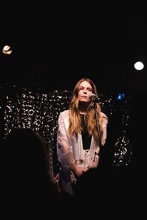 Maggie Rogers (singer) - Maggie Rogers performing at Syndicate Lounge in Birmingham, AL