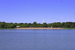 Main Beach, Lake Nokomis, Minneapolis, Minnesota - 20050814.jpg