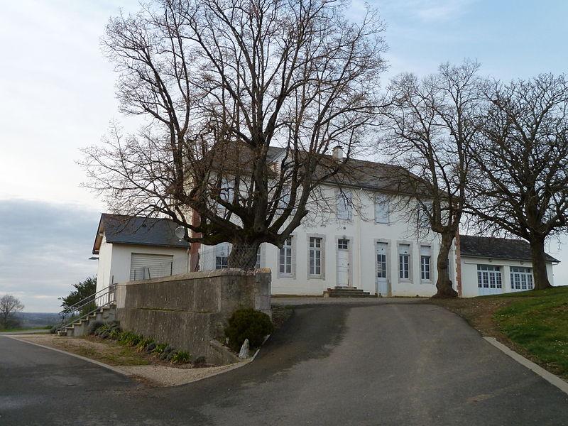 File:Mairie de Garos.JPG