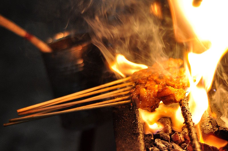 File:Malay Satay on Fire 5.jpg