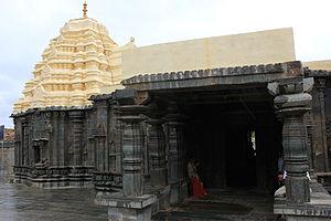 Western Chalukya architecture - Mallikarjuna temple at Kuruvatti, 11th century CE